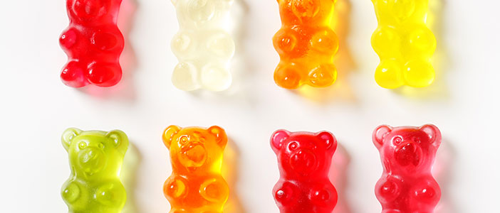 19 Habits That Wreck Your Teeth - Gummy Candy - Biermann Orthodontics